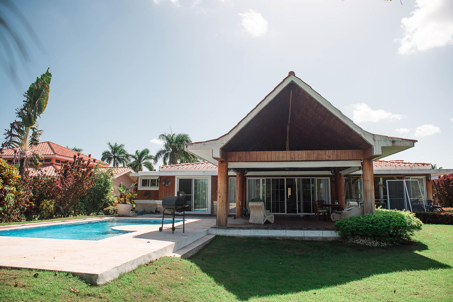 3 Bedrooms Villa with Private Pool in Cocotal (249-C)