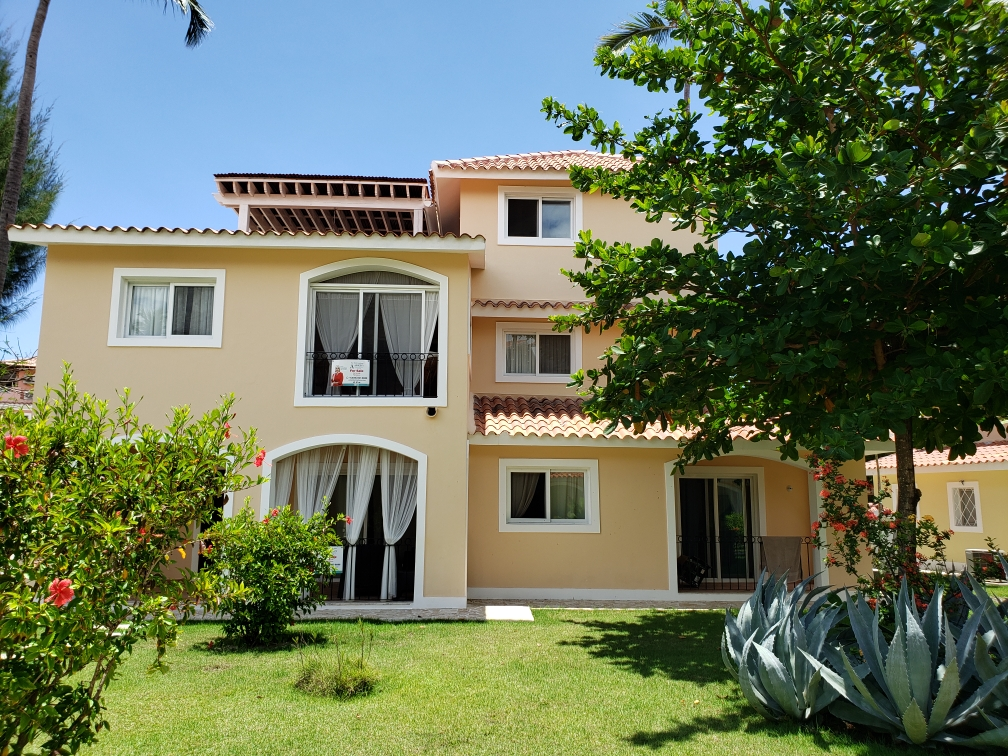 TWO BEDROOMS, 2 LEVEL APARTMENT IN GRUNWALD II BAVARO (B2- GR2)