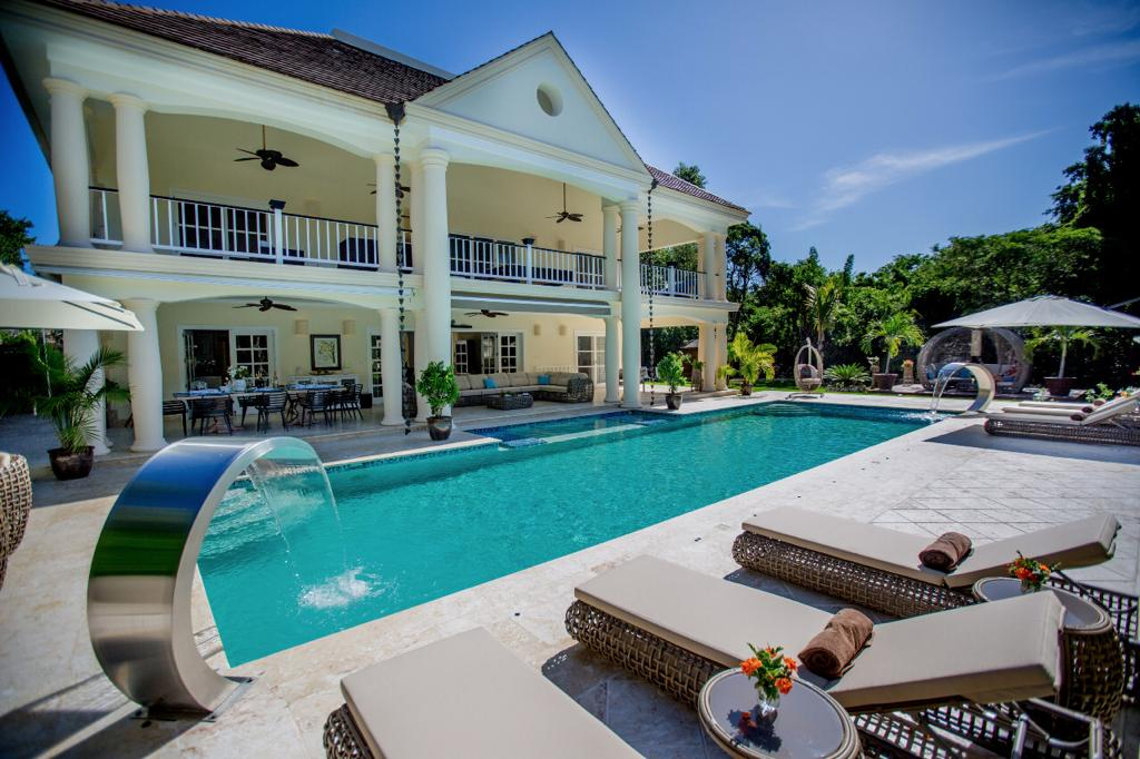 Marvelous 5 bedrooms Villa in Punta Cana (A6-PCR)